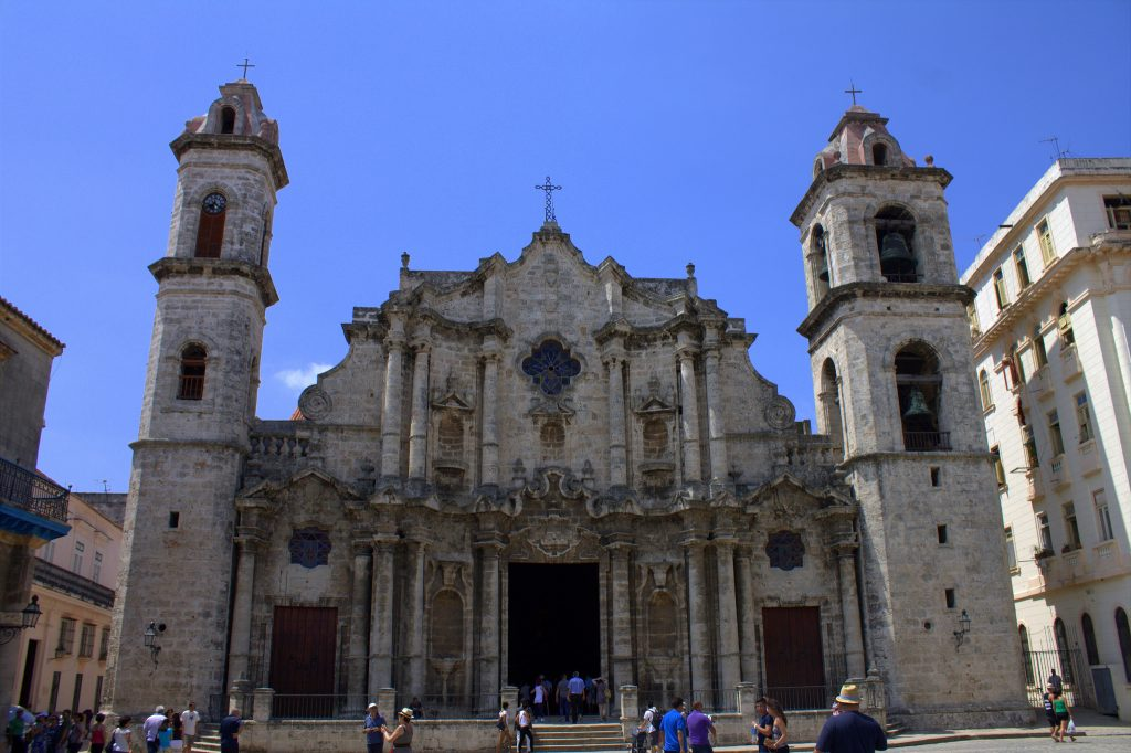 habana-vieja-plaza-de-la-catedral