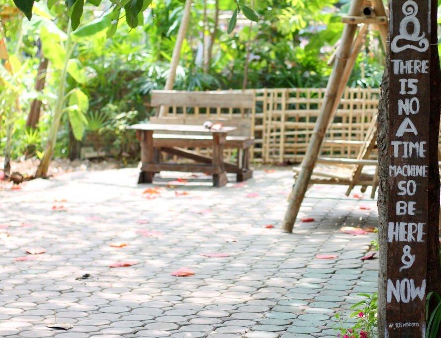 Wat Jetlin, monk residence