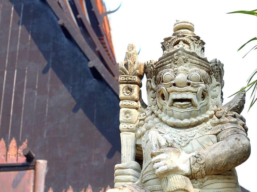 the-black-house-baan-dam-and-9-tier-temple-chiang-rai-thailand