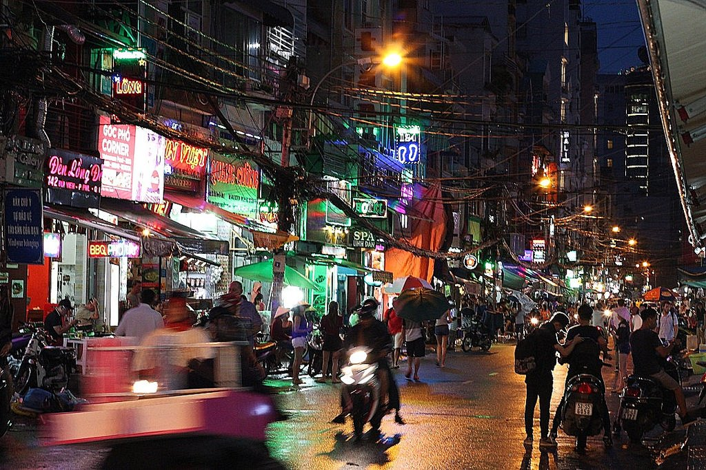 Saigon Backpacker Street