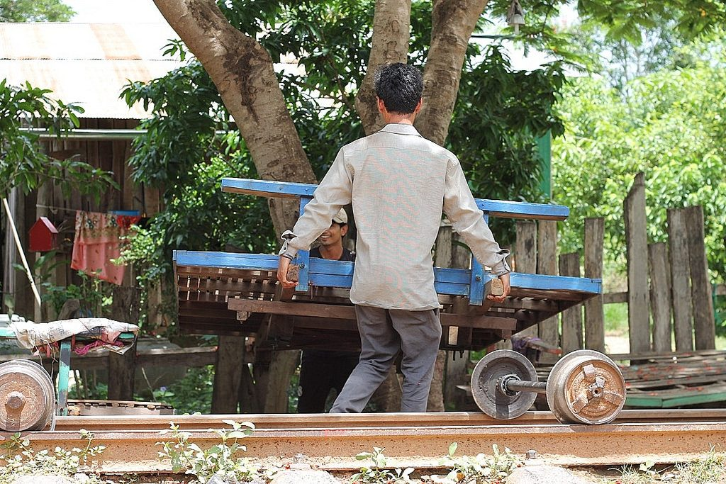 battambang, bamboo train,cambodia