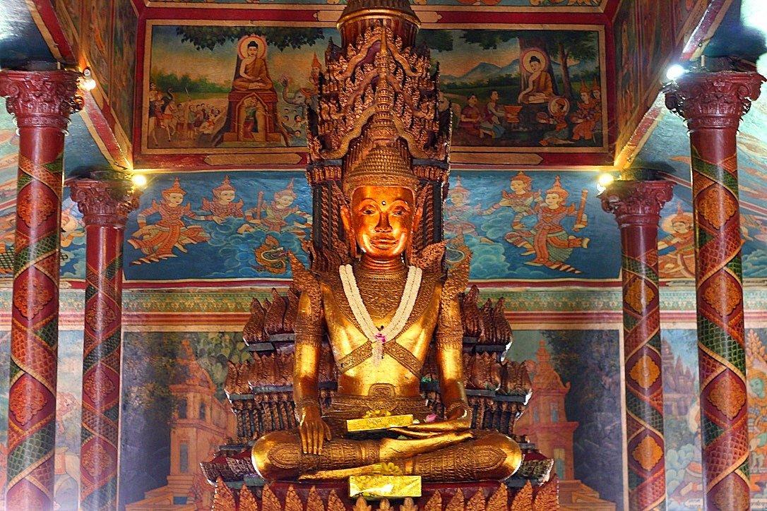 guide to cambodia, Wat Phnom temple, phnom penh