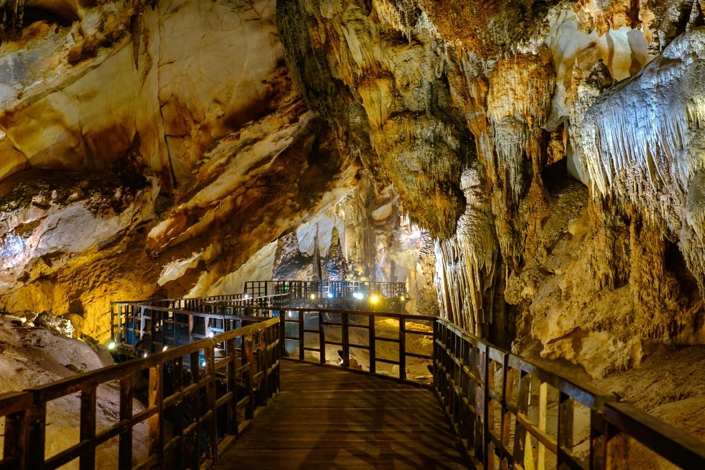 Paradise Cave in Phong Nha